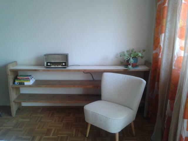 La stanza degli ospiti/Das Gaestezimmer