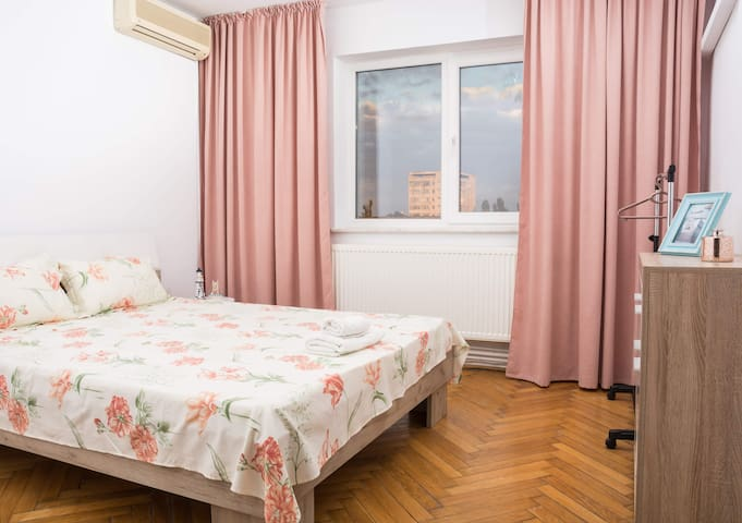 Cozy and chic apartment near Constanta city center