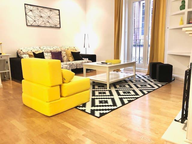 Apartamento grande Madrid,  110 m2, 6 pax, 2 hab