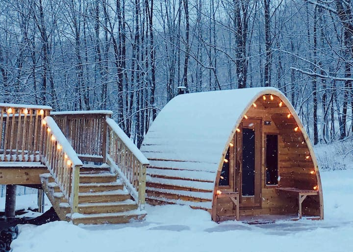 Steady Slope Private Suite with Sauna