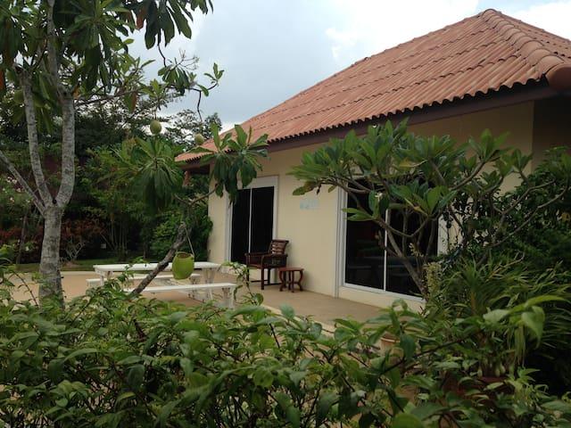 Mediterranean Garden Resort - Pattaya City - Villa