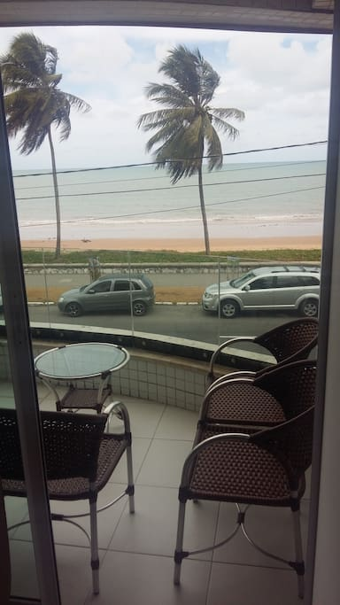 Varanda com vista para o mar