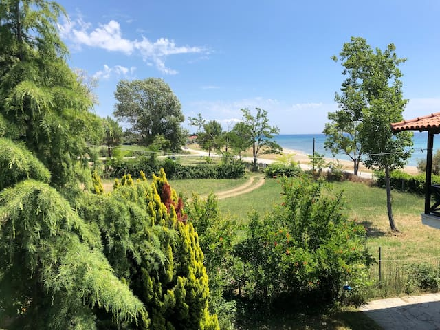 Pearl Beachfront Luxury Maisonette