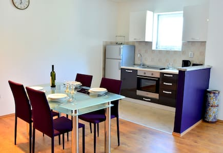 Apartments M&B (2+1) - Podstrana - Appartement