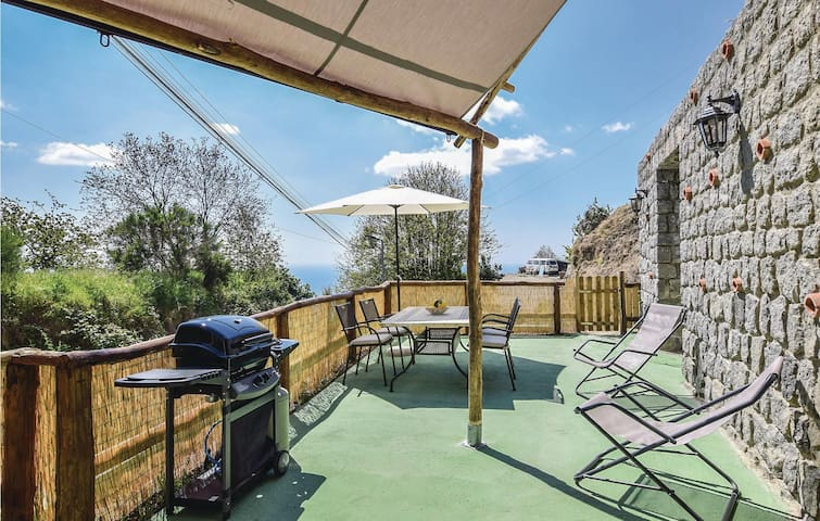 Holiday cottage with 1 bedroom on 55m² in Barano d´Ischia (NA)