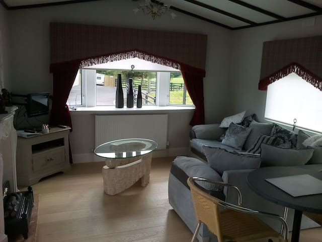 Strathaven Holiday  Chalets sleeps up to 5