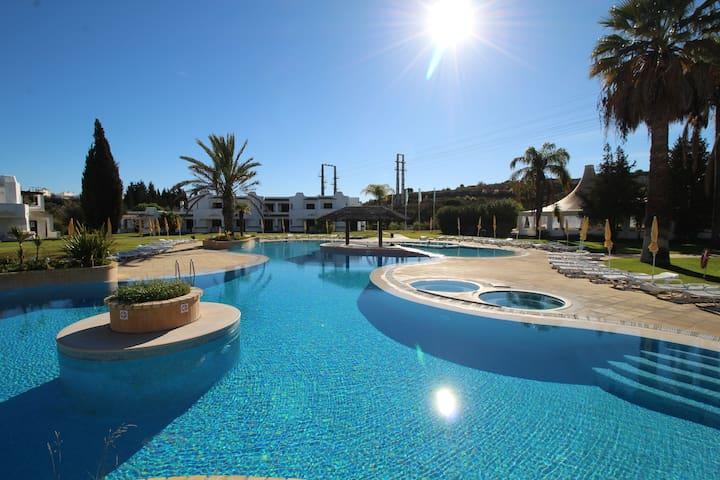 The Sun - Apartamento T2 em Resort