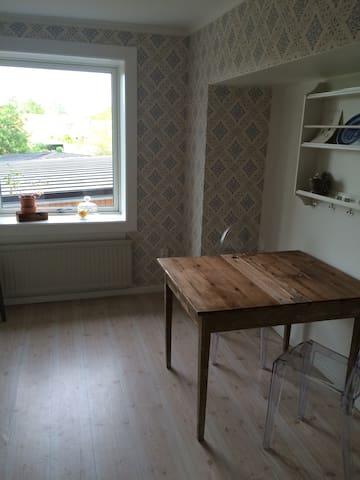 Fin lägenhet i centrala Östhammar - Östhammar - Appartement