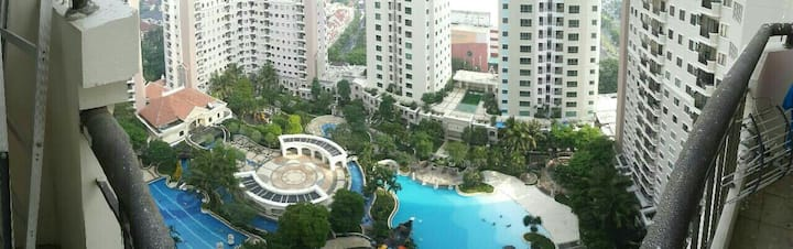 Large full furnished 3BR condo Waterplace tower C