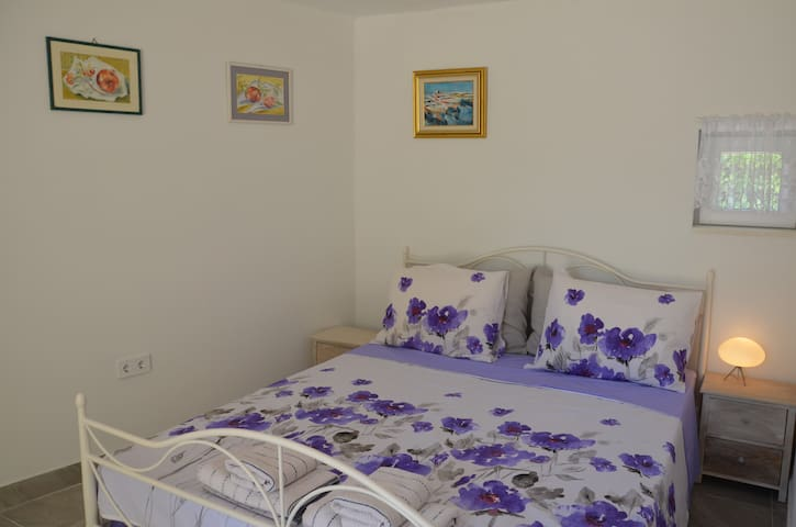 Studio apartman Mileta
