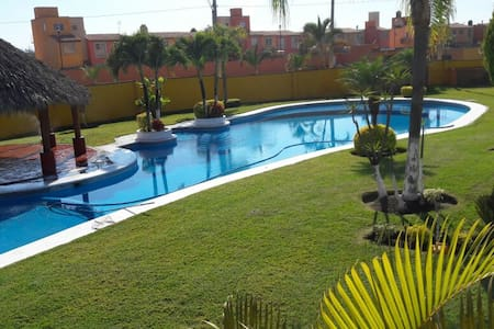 Bonita casa en Tezoyuca Morelos - Crucero Tezoyuca