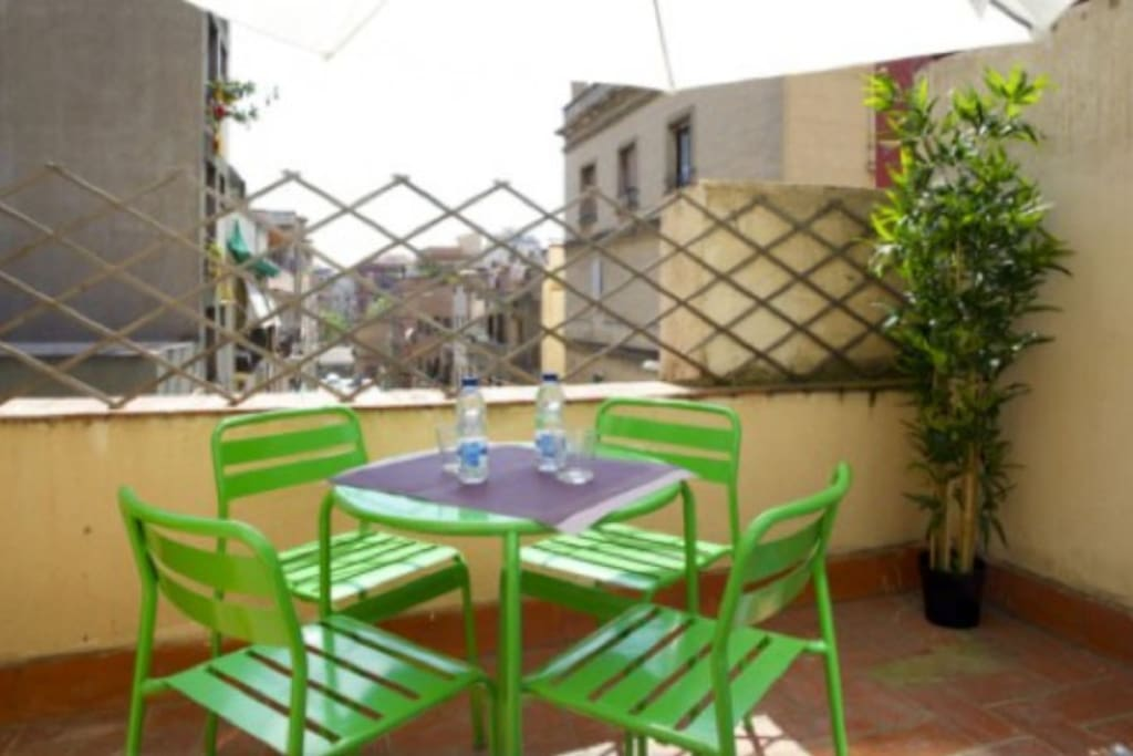 Charming independant house in the centre of Barcelona
