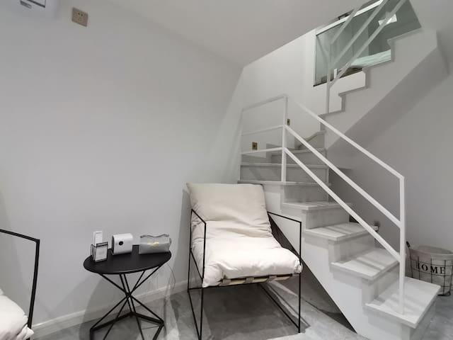 安寓•home 1 百寸投影仪loft/春熙路/太古里/宽窄巷子/东大路地铁口