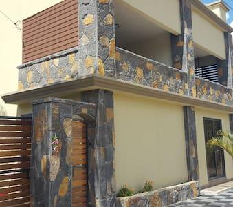 Le Rocher Villa and Car Rental