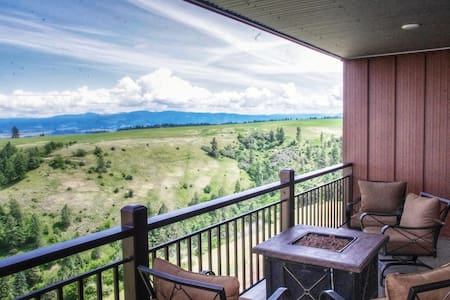 Scotlyn Ranch Standard Suite