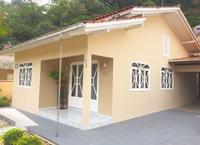Casa Centro Jaragua