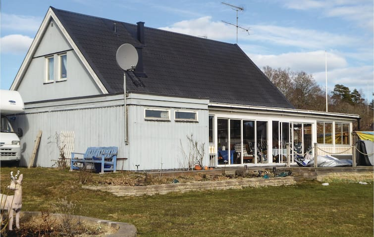 Holiday cottage with 3 bedrooms on 180m² in Oxelösund