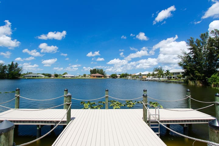 Cozy Apartment U/3 Lakeview Villas - Cape Coral - Apartment
