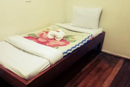 Bendam Lodge - Goroka - Single Rooms