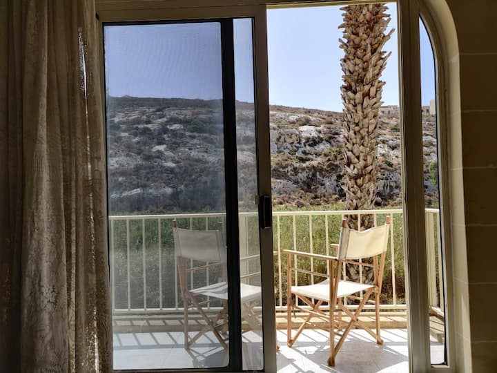 Bright Spacious 3 Bedroom Apt Xlendi with views
