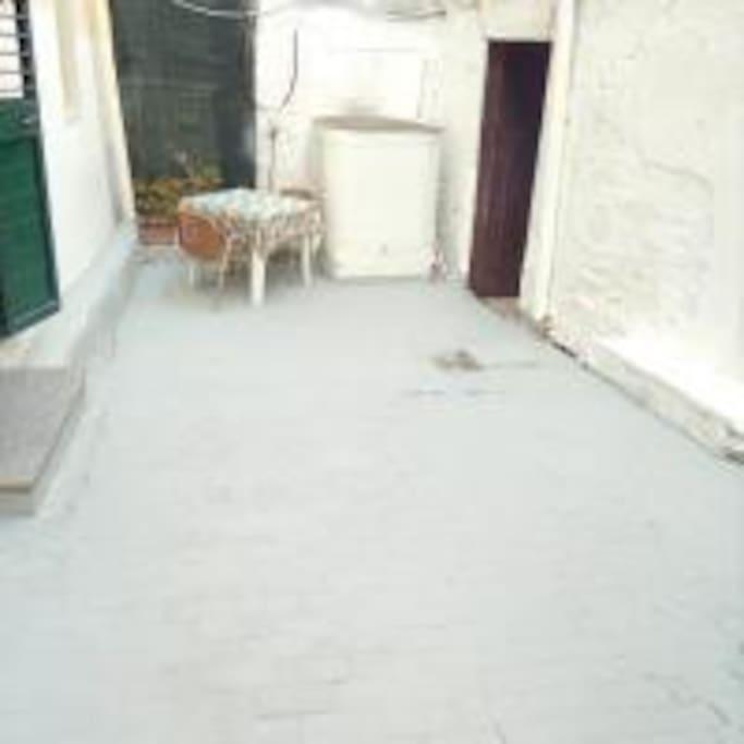 ingresso dal cortile