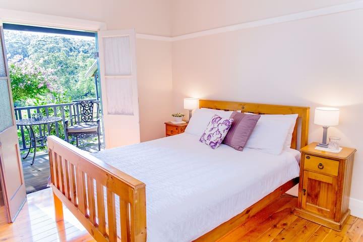 Queen Size Bedroom opening onto verandah