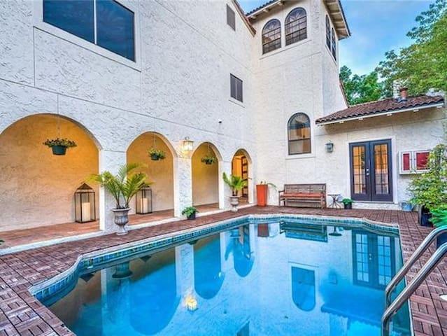 Stunning Spanish home w/ courtyard pool