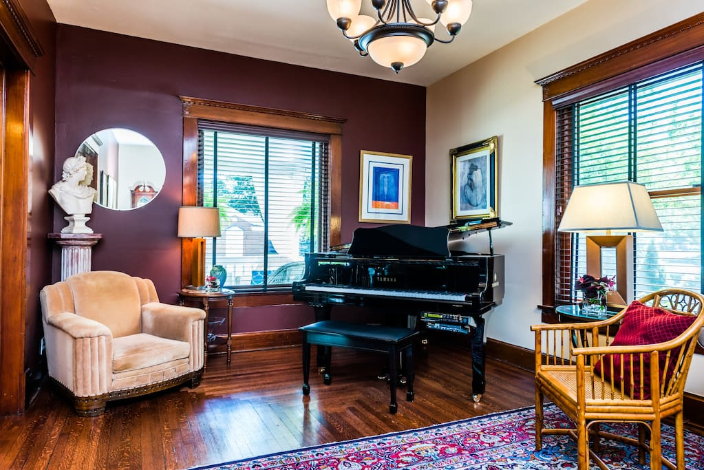 Our guests are welcome to play the grand piano at their leisure after breakfast time though the early evening hours. During the holiday season, you might be part of an impromptu Christmas Carol or Holiday melody.