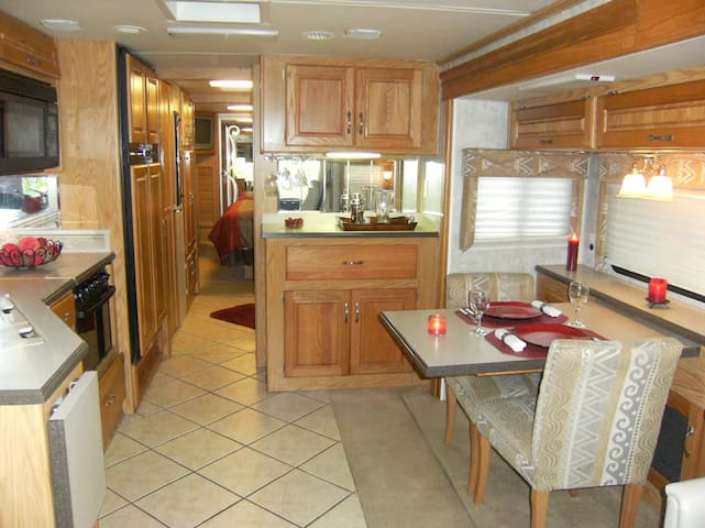 40' Motorhome in Bridgewater, NS