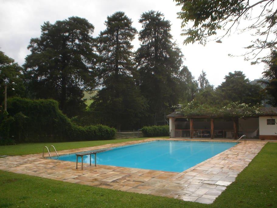 piscina e quadra