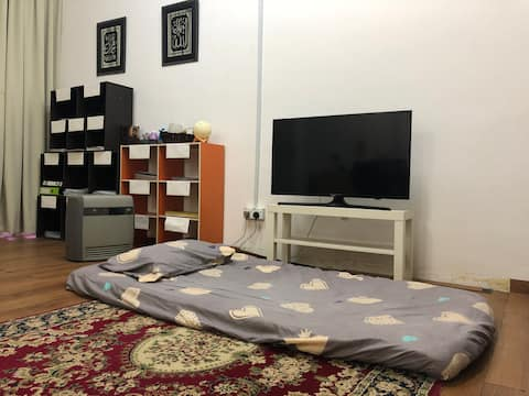 Budget Airbnb | Hzihad Studio