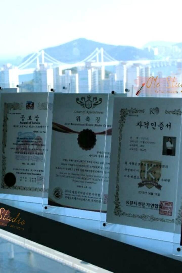 釜山ME创始人在韩资质,证书,以及大赛委任状,领馆功劳奖等。