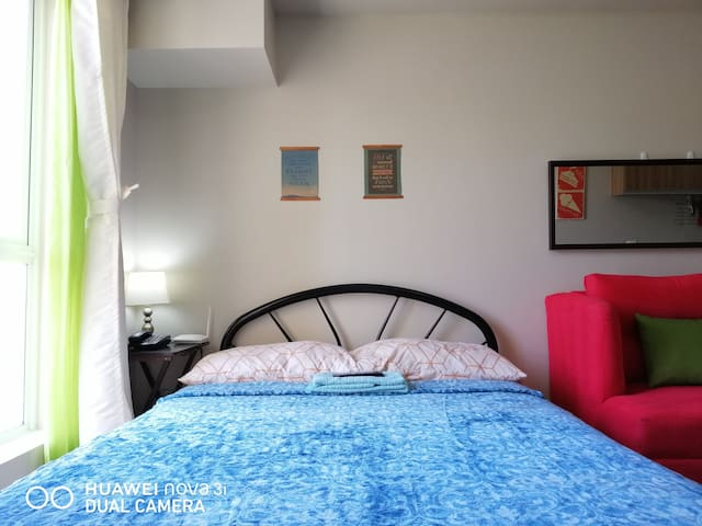 Cozy Studio Near Manila Airport w/ Unlimited Wifi