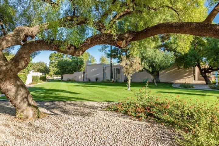 Beautiful Oasis in McCormick Ranch, Scottsdale
