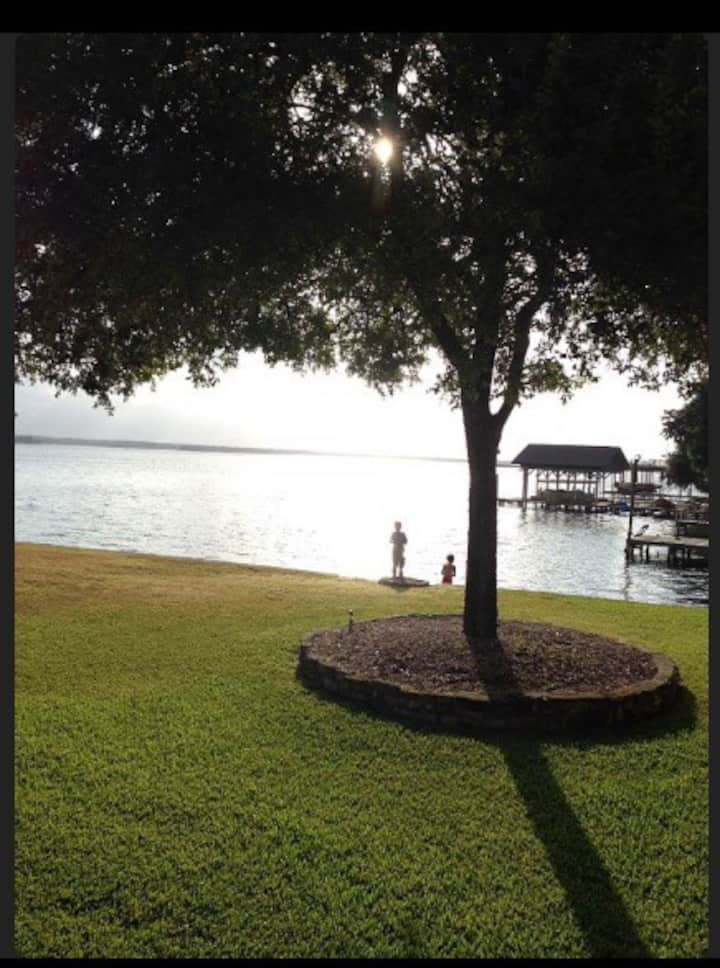 Peace & tranquility! Waterfront *Snowbird Rates*