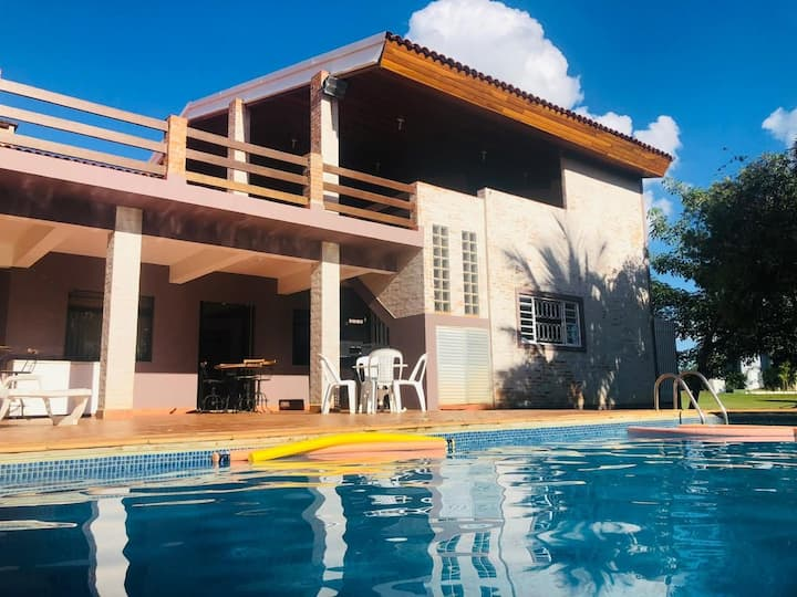 Represa Avaré   clube Riviera 13 casa com Piscina
