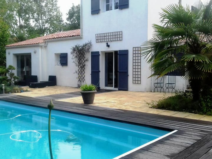 Villa avec piscine à 10 min des Sables d Olonne