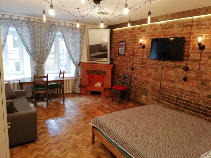 Уютная комната в историческом центре рядом с метро