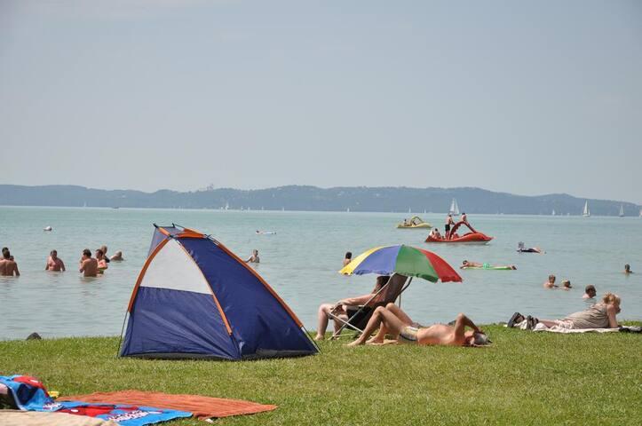 Pelzó Kemping Alsóörs mobilház nyaraló - Alsóörs - Bungalow