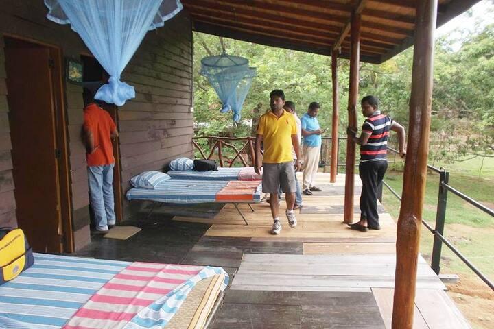 Kasun Safari Wood House Villa
