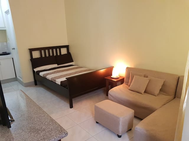 COZY APARTMENT STA ROSA NEAR ENCHANTED KINGDOM 1
