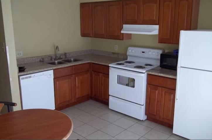Corporate Rental in LaPlace! - LaPlace - Apartamento