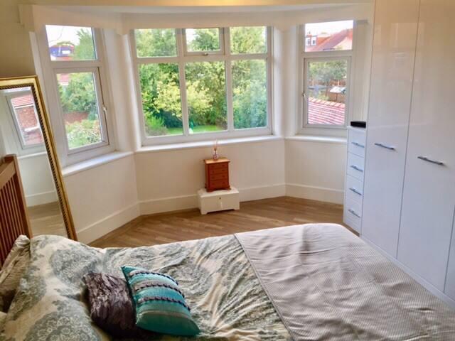 Rear Master Bedroom.