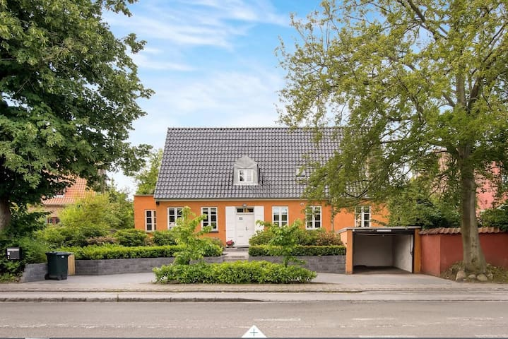 Beautiful family friendly villa in Kongens Lyngby