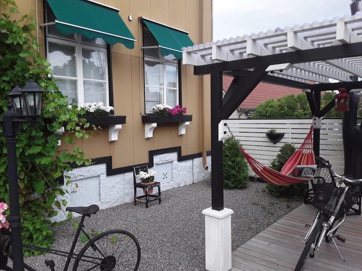 Mysig taklägenhet med balkong (60 kvm)
