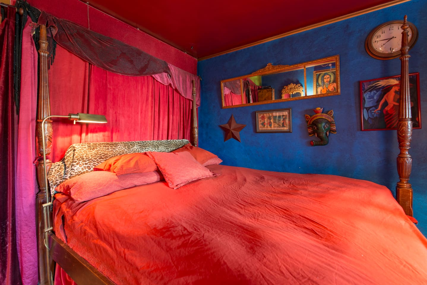 Kinky For The Bedroom Sun Moon Art House Lgbtq Welcoming Houses For Rent In Oakland