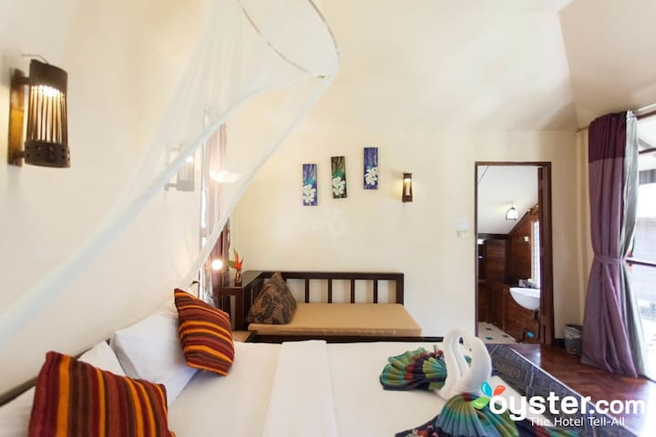 Cozy and private bungalow near Railay Beach