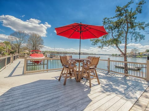 Southern Breeze lakefront pet friendly (with fee)