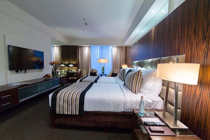 Hate double beds? This TWIN room is made for YOU!