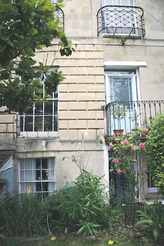 Charming Montpelier in central Bristol - ブリストル - タウンハウス